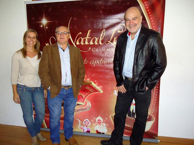 Diretora de Eventos da Gramadotur, Chania Chagas; Presidente da Gramadotur, João Pedro Till e o diretor artístico do Natal Luz, Edson Erdmann